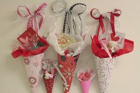 09-Paper Crafts